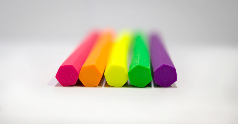 Normal color, triangle shape
